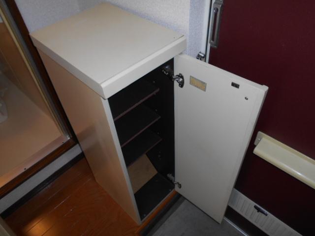 ロイヤルハイツ杉山 105号室の設備