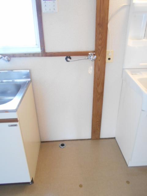 第2高橋アパ-ト 101号室の洗面所