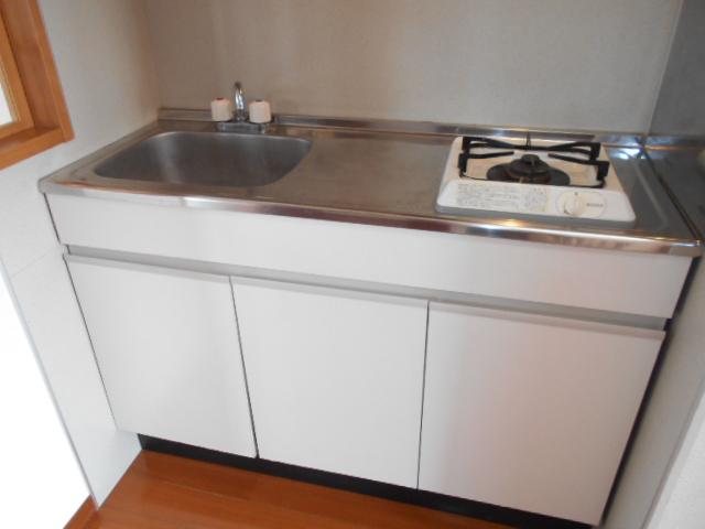 アヴニールⅠ 101号室のキッチン
