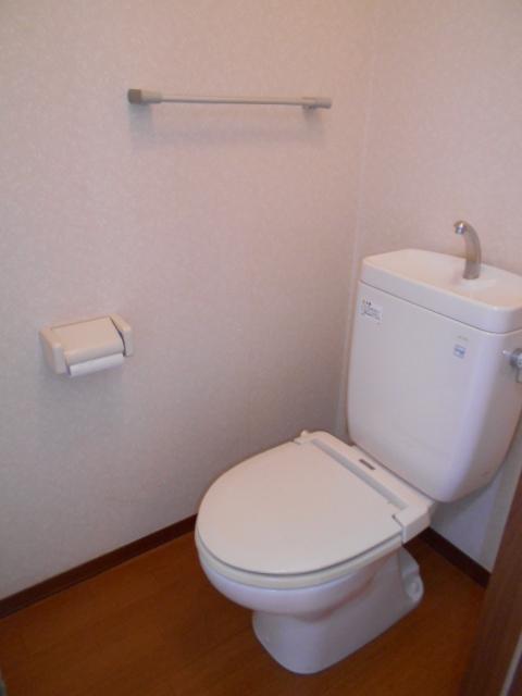 アヴニールⅠ 101号室のトイレ