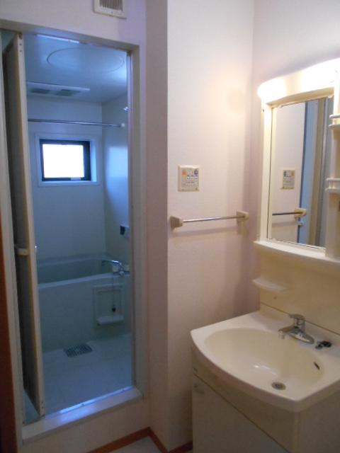 パルテール 103号室の洗面所