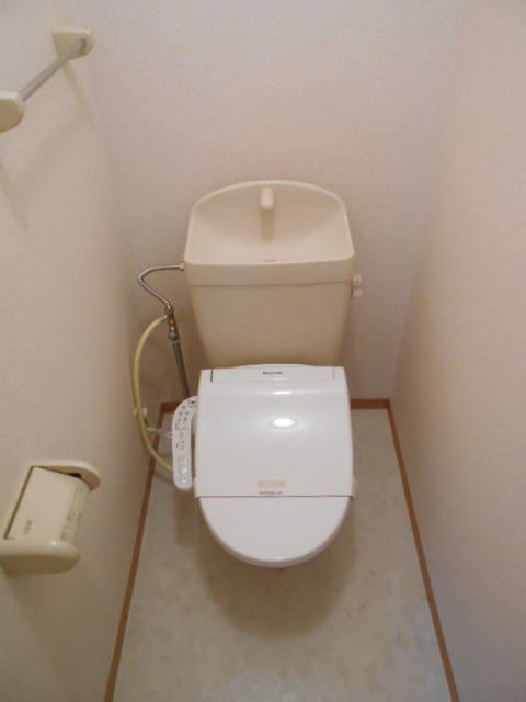 パルテール 103号室のトイレ