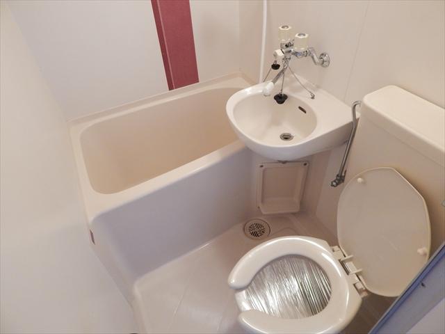 ベルピア姫宮第1 205号室の風呂