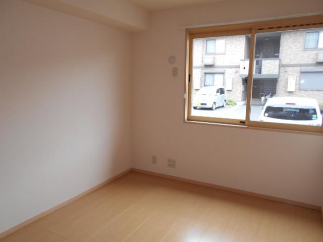 ディアコートA 102号室の居室