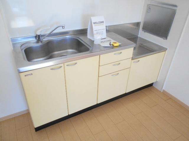 ディアコートB 201号室のキッチン
