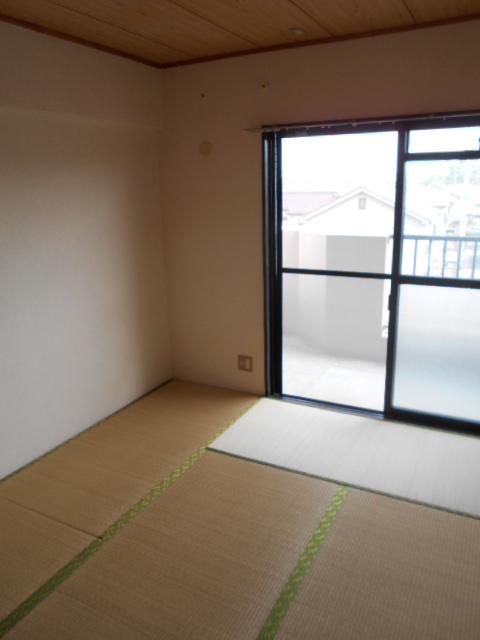 グランピア 302号室の居室