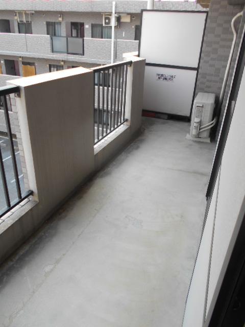 グランピア 302号室のバルコニー