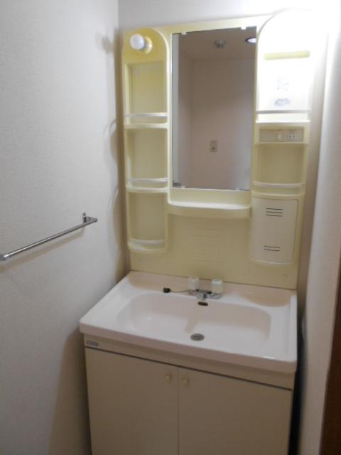 グランピア 302号室の洗面所