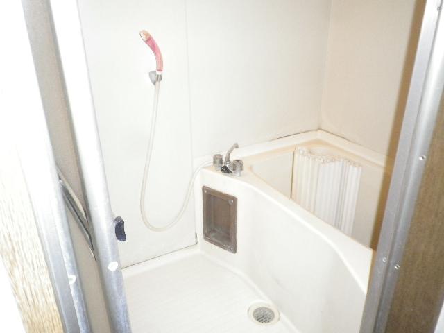 利根川住宅七番街 201号室の風呂