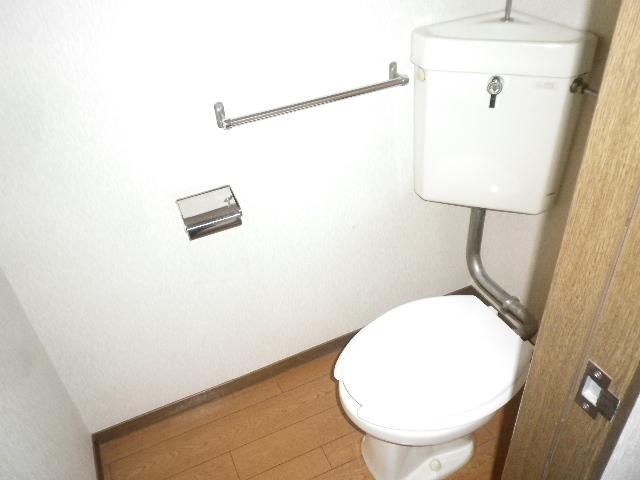 利根川住宅七番街 201号室のトイレ