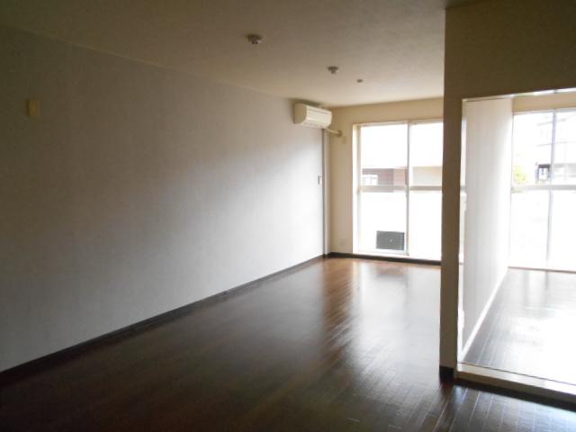 ヴィアーレヤマザキ A102号室のその他