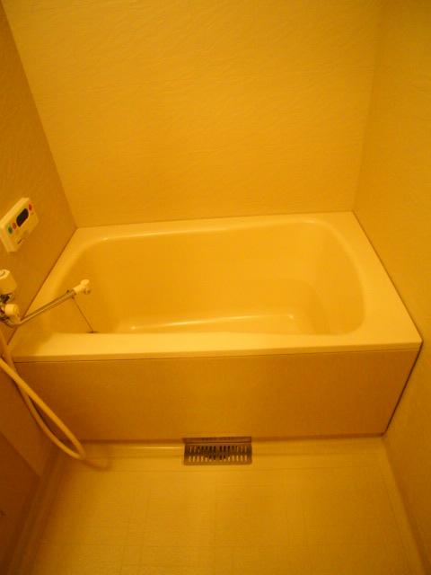 ボンヌール 102号室の風呂