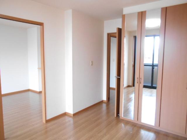 ボンヌール 202号室の居室