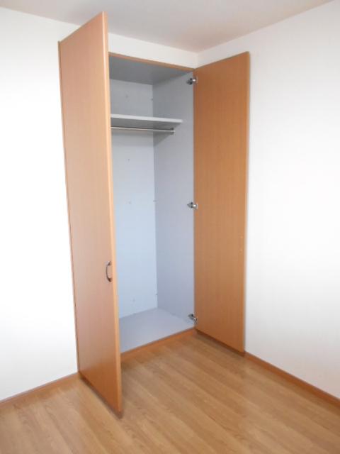 ボンヌール 202号室の収納