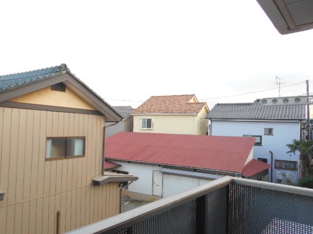 メゾンドゥリュイソー 201号室の景色