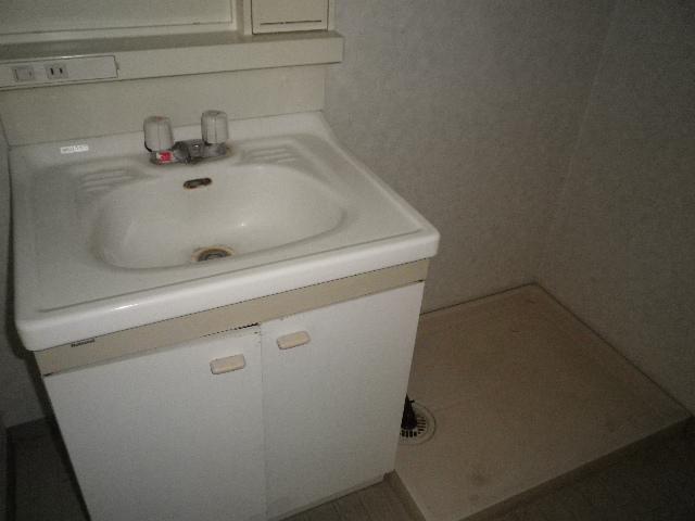 グリーンハウスⅢ 205号室の洗面所