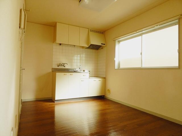 ジェイテラス豊春 201号室のキッチン