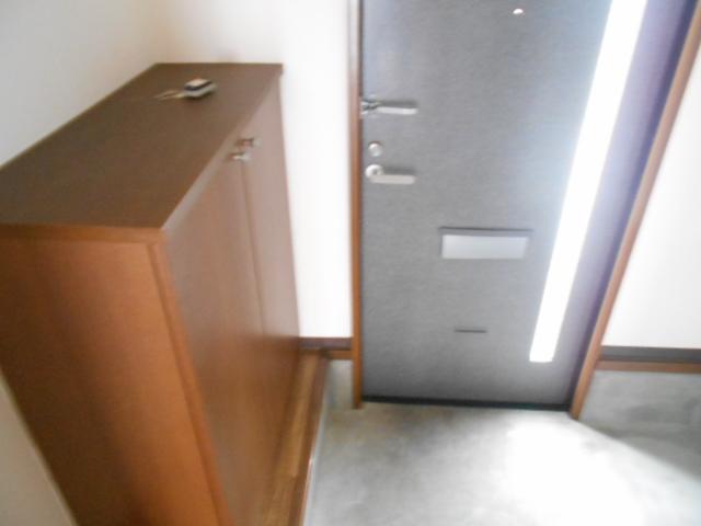 Annex Bの玄関