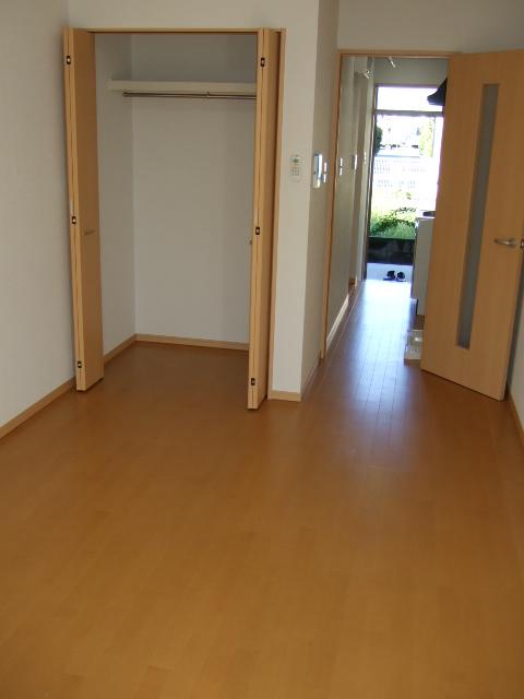 第12アーベルハイツ 103号室の居室