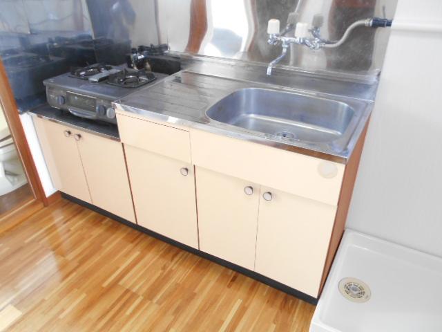 サンライズ88 201号室のキッチン