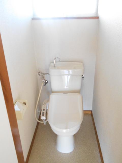 プライムコート 203号室のトイレ