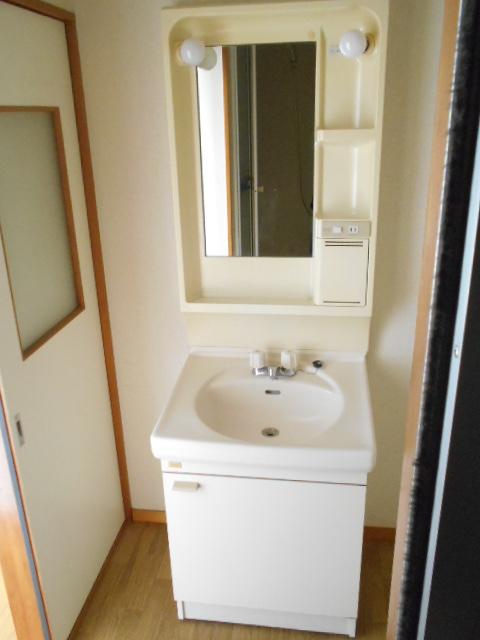 プライムコート 203号室の洗面所