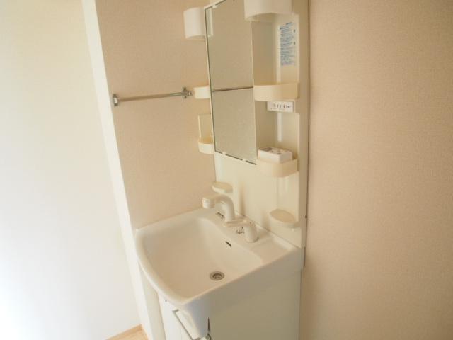 アモーレⅡ 105号室の洗面所