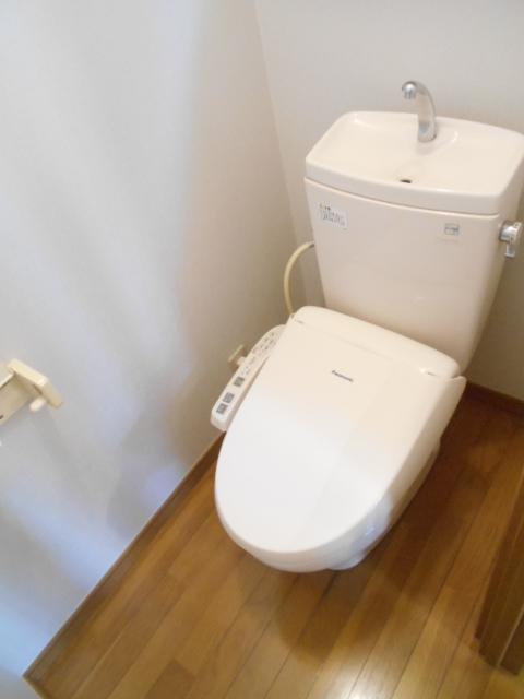 メゾネットAのトイレ