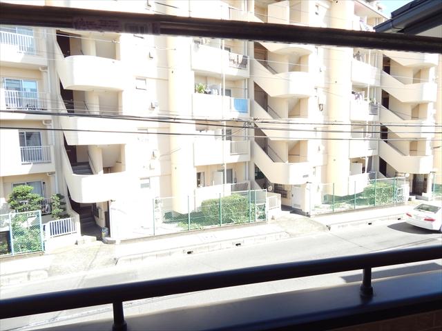 ガーベラ 201号室の景色