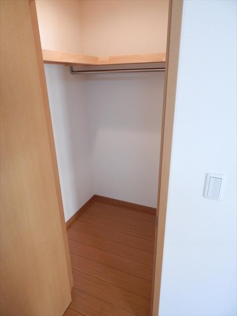 ガーベラ 201号室の収納