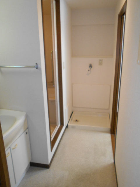 エテルノ豊春 102号室の洗面所