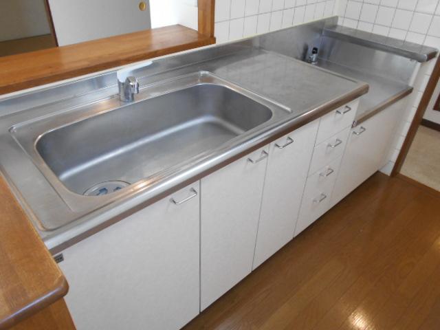 エテルノ豊春 102号室のキッチン