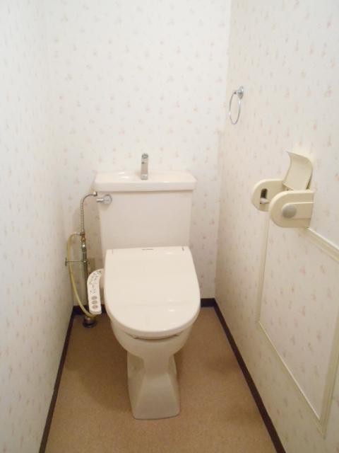 エレガンス春日部 106号室のトイレ