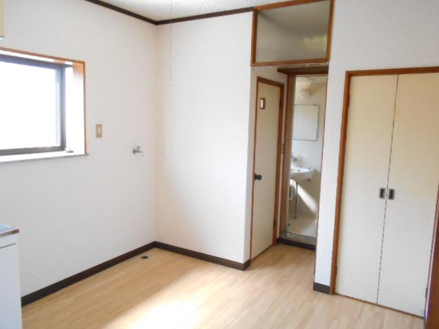 田園ハイネス B号室のキッチン