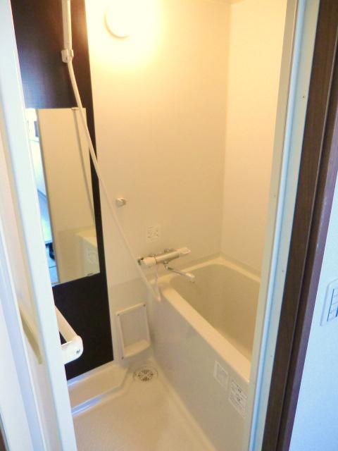 ATG岩槻 303号室の風呂