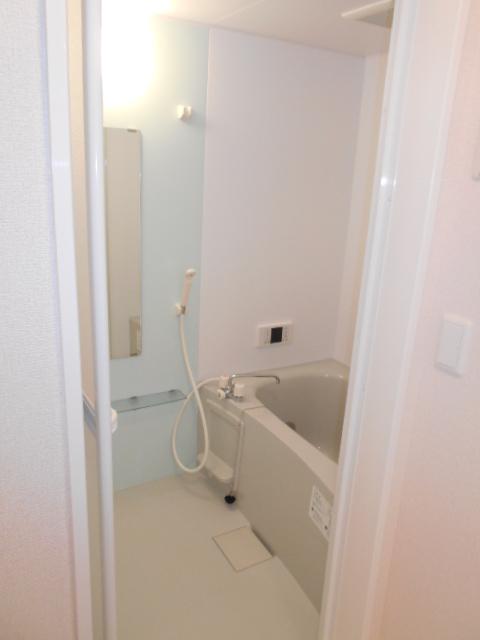 セジュールウィット大池Ⅱ 205号室の風呂