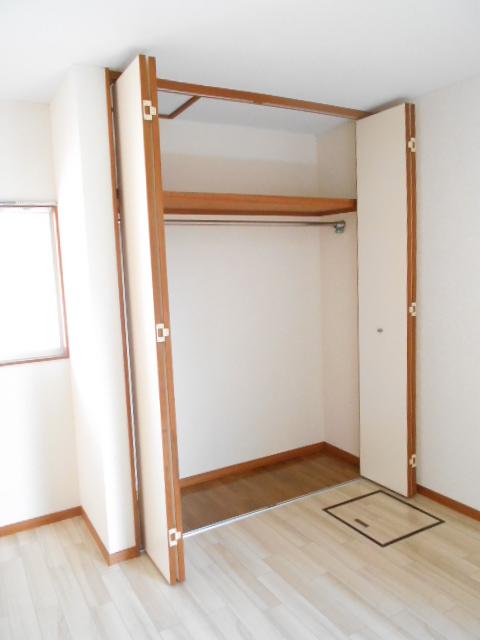コーポグロー 101号室の収納