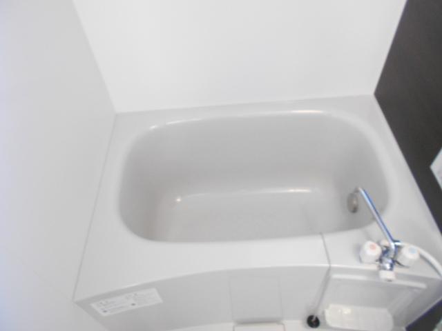 メルヴェーユ 301号室の風呂