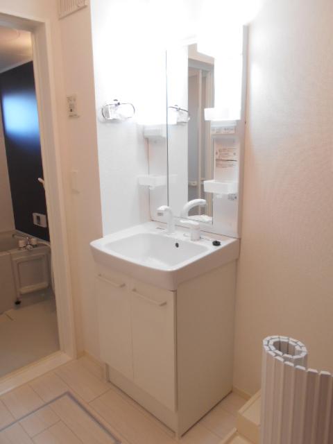 メルヴェーユ 301号室の洗面所