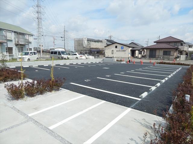 ブランシェ 106号室の駐車場