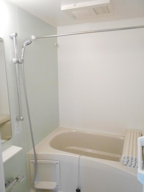 プリシェット 102号室の風呂
