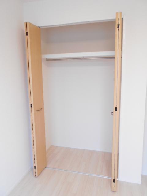 プリシェット 102号室の収納