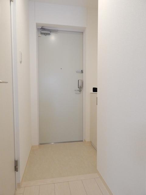 モーヴ粕壁東 201号室の玄関
