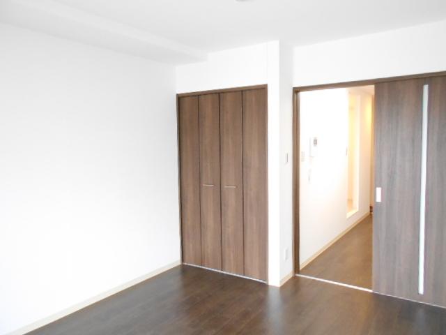 モーヴ粕壁東 602号室の居室