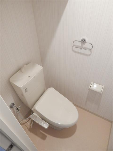 モーヴ粕壁東 602号室のトイレ