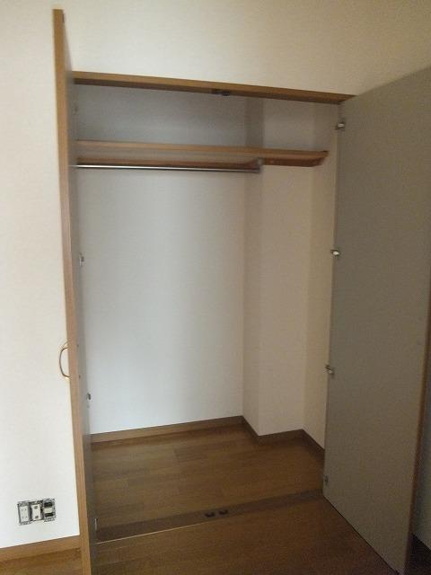 G1ステイツ 402号室の収納
