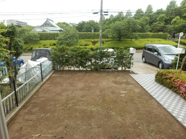 グレイスパル茅ヶ崎の庭