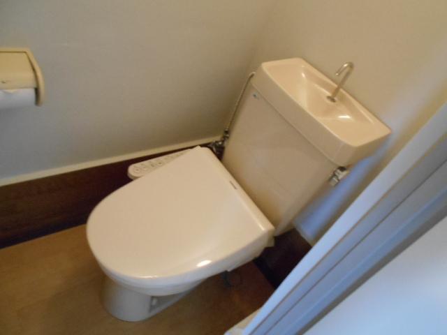 藤が丘団地7号棟 752号室のトイレ