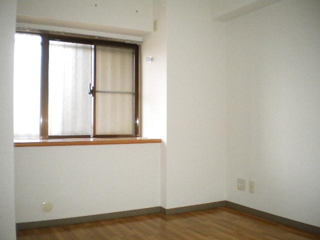 メルグリーン中川 305号室のその他