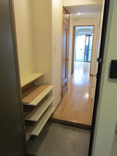 アーネット西船橋 507号室の玄関